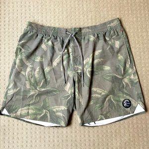 O'Neill men leave print swim board shorts XL